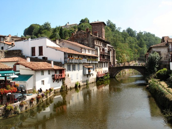the best attitude 4ba03 36f9d Il cammino di Santiago: trekking da Saint Jean a Pamplona ...